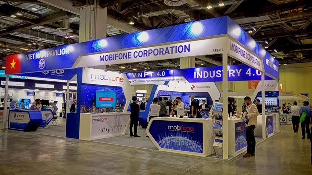 CommunicAsia 2019: Imprint of 'Make in Vietnam' technology products hinh anh 2