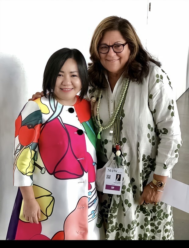 Vietnam becomes ASEAN fashion designers council president for first time hinh anh 2