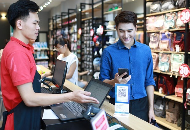 QR Pay changes Vietnamese people's cash payment habit hinh anh 1