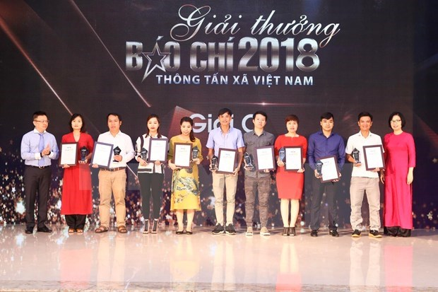 VNA Press Awards: finding solutions for pressing issues hinh anh 3