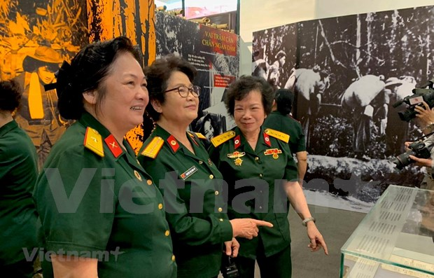 Legendary Truong Son trail: untold stories of female soldiers hinh anh 1