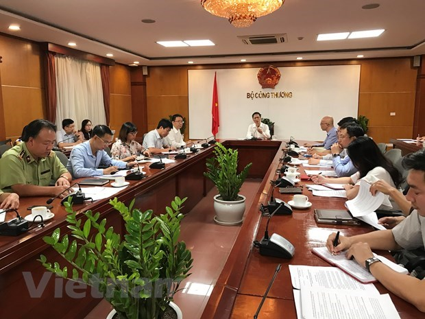 Strict punishment for tax evasion urged hinh anh 1