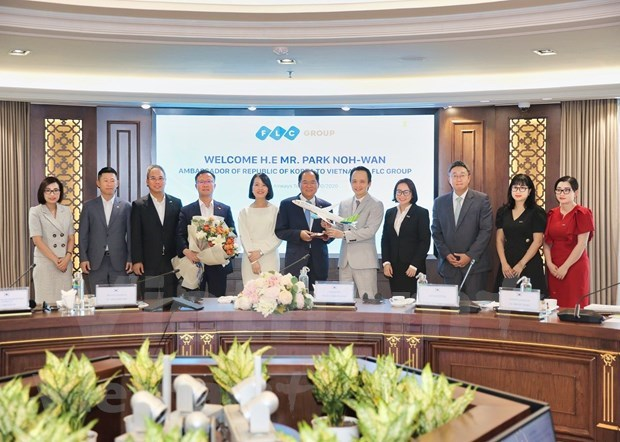Ambassador vows to connect FLC with RoK partners hinh anh 2