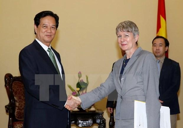PM bids adieu to outgoing German ambassador hinh anh 1
