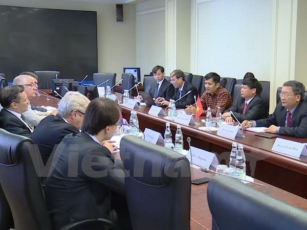 Senior economic official active in Russia, Belarus hinh anh 1