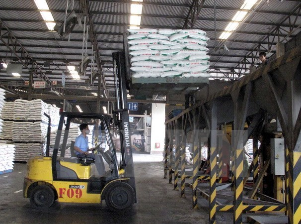 Vietnam spends billions on feed imports hinh anh 1