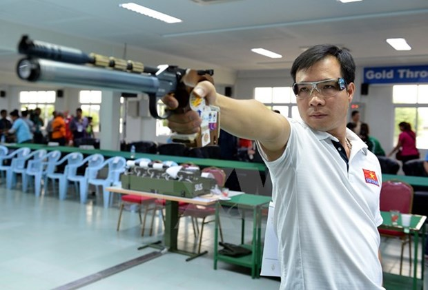 Vietnamese shooter wins silver at world event hinh anh 1