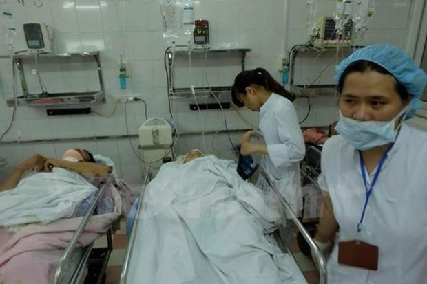 Hanoi ancient French villa collapse: one reported dead (Update) hinh anh 1