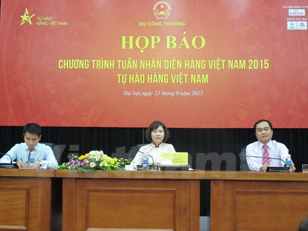 Vietnamese goods awareness week in the pipeline hinh anh 1