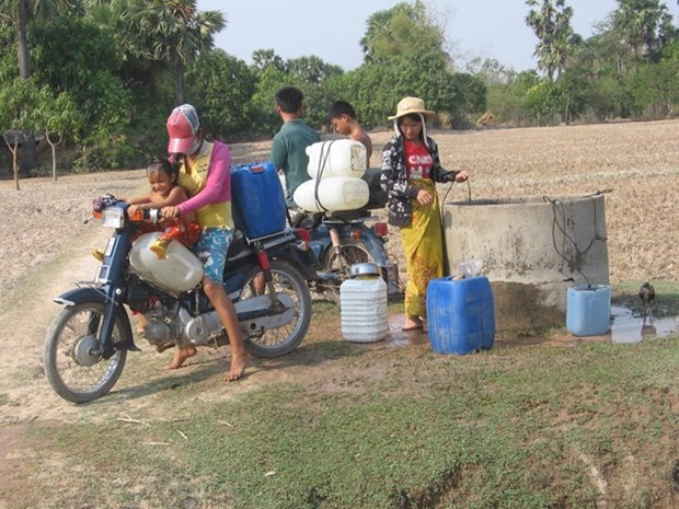 Eight million Cambodians are of working age hinh anh 1
