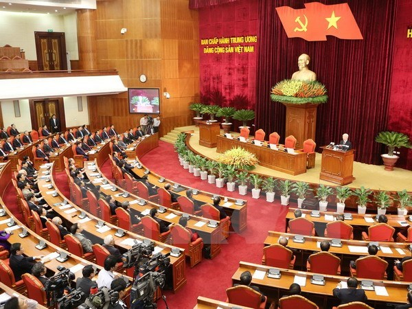 Party Central Committee closes 12th meeting hinh anh 1