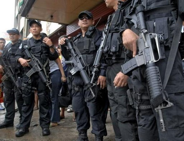 Philippines: Two Chinese diplomats shot dead in gun attack hinh anh 1