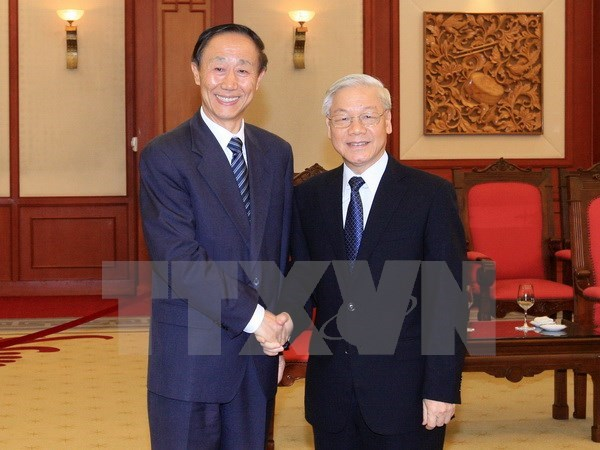 Party chief receives Chinese Party official hinh anh 1