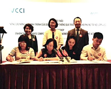 Workshop on women's empowerment held in HCM City hinh anh 1