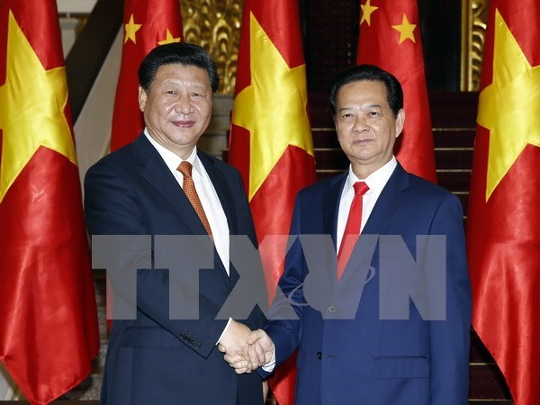 Vietnamese PM meets with Chinese top leader hinh anh 1