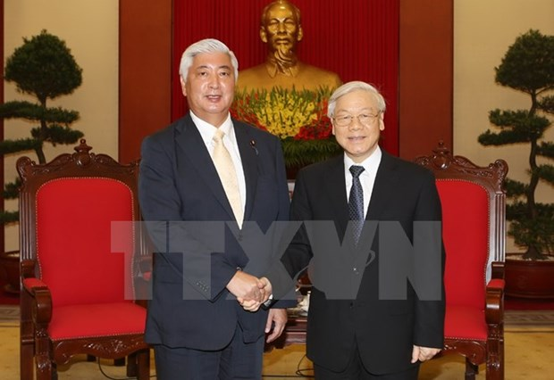 Japan to strengthen defence links with Vietnam hinh anh 1