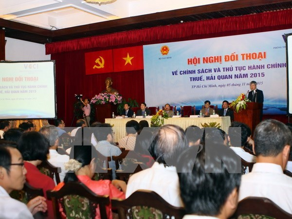 Business society expects stronger tax, customs administrative reform hinh anh 1
