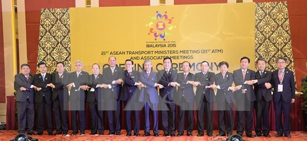 ASEAN, China, Japan vow to boost regional transport links hinh anh 1
