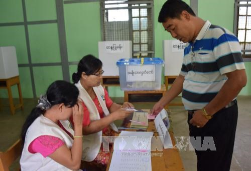 Myanmar's election goes smoothly hinh anh 1
