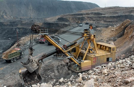Draft circular specifies rules for mineral exports hinh anh 1