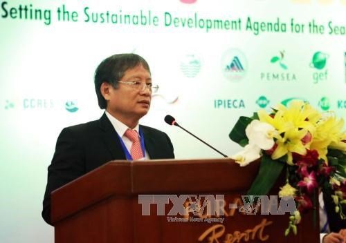 Workshops spotlight development of blue economy in East Asia hinh anh 1