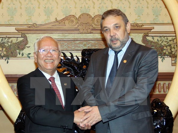 HCM City leader seeks closer ties with Bulgarian localities hinh anh 1