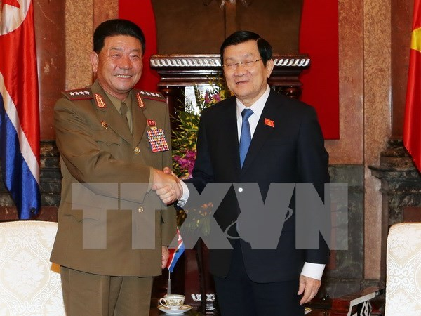 President Truong Tan Sang welcomes DPRK defence leader hinh anh 1