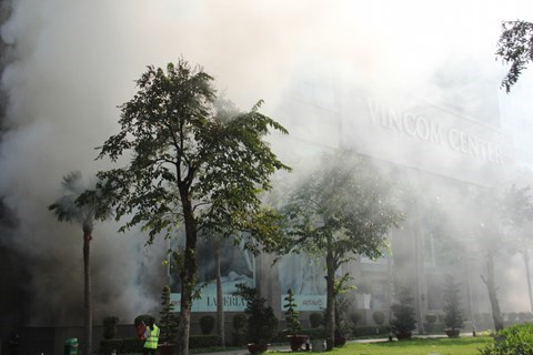 Ho Chi Minh City: 4,000 people join major firefighting exercise hinh anh 1