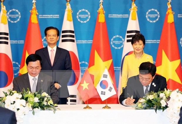 RoK President welcomes FTA with Vietnam hinh anh 1
