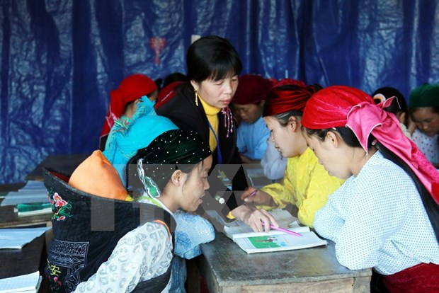Central Highlands: campaigns assist religious ethnic women hinh anh 1