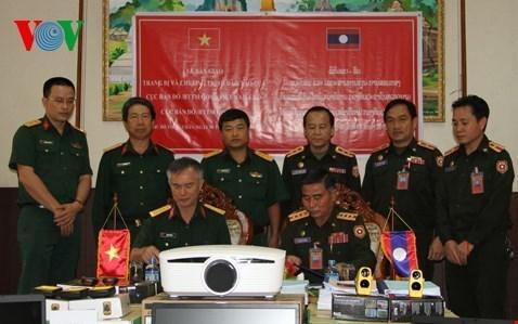 Vietnam aids Laos' military training hinh anh 1