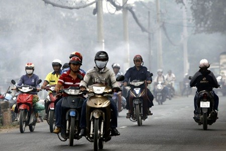 Air pollution in Hanoi, HCM City worsens hinh anh 1