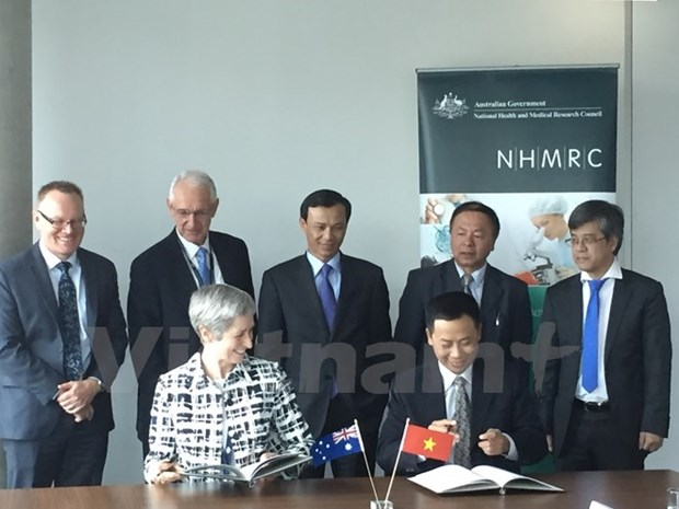Vietnam, Australia launch joint medical research programme hinh anh 1