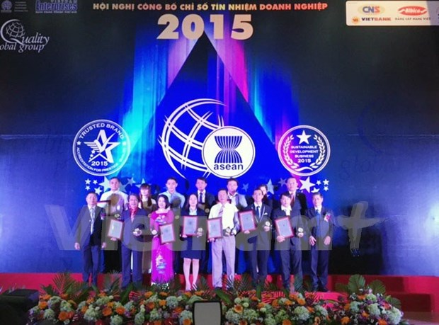 Vietnamese businesses receive Trusted Brand Index certificate hinh anh 1