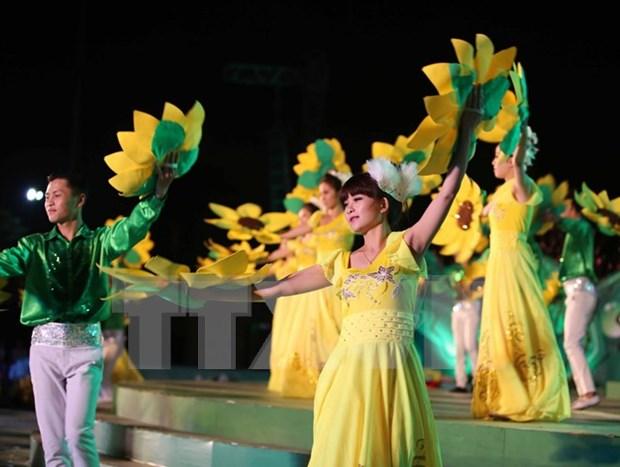Gala night closes Da Lat Flower Festival hinh anh 1