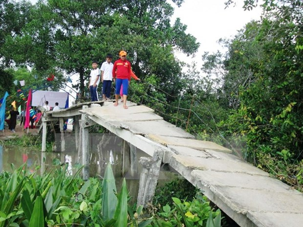 Over 4,000 bridges to be built for ethnic minorities by 2020 hinh anh 1