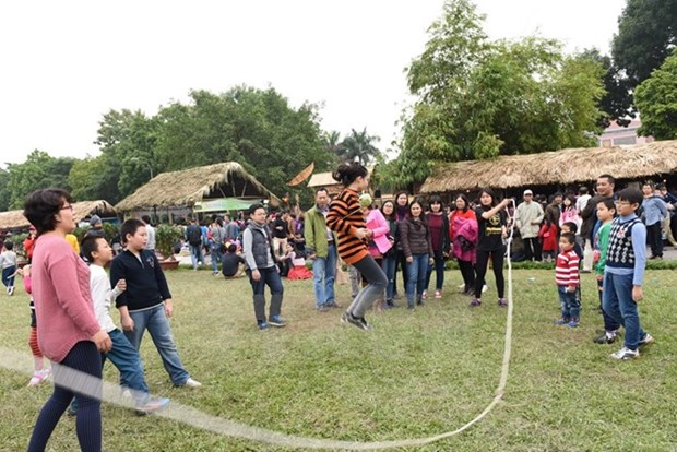 Memory of Hanoi programme attracts 120,000 visitors hinh anh 1