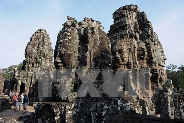 Nearly 5 million tourists arrive in Cambodia in 2015 hinh anh 1