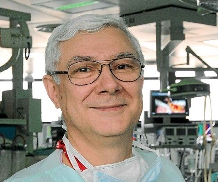 French gastroenterologist to operate in Hanoi hospital hinh anh 1