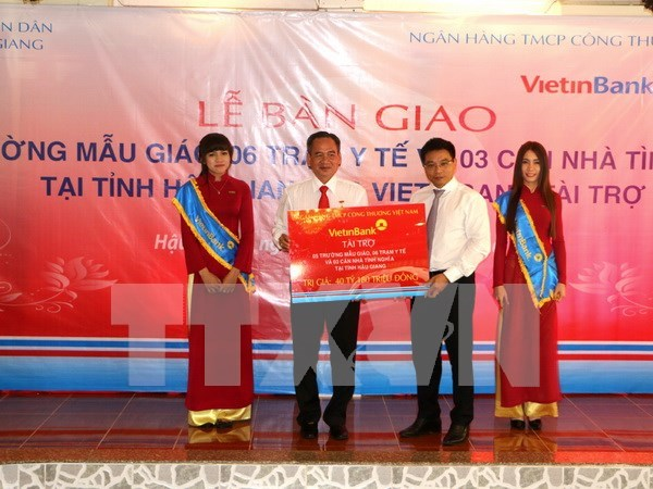 VietinBank funds social works in Hau Giang hinh anh 1