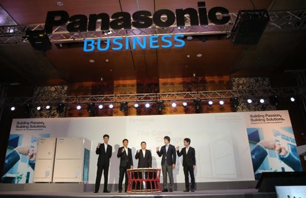 Panasonic considers investing more in Vietnam hinh anh 1