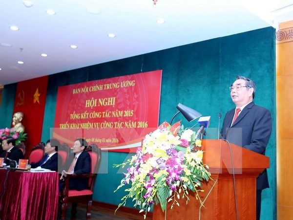 Anti-corruption continues top Party priority in 2016 hinh anh 1
