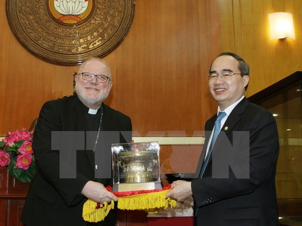 Fatherland Front leader welcomes German Cardinal hinh anh 1