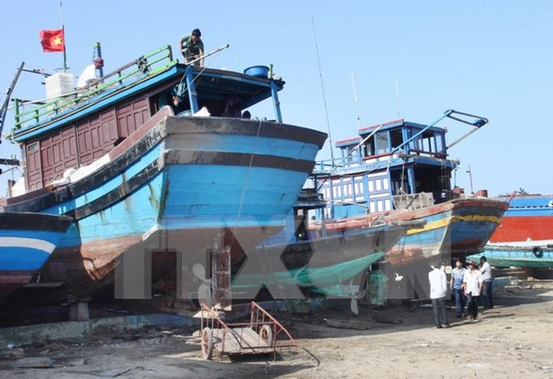Vietnam, Thailand join hands in fighting illegal fishing hinh anh 1