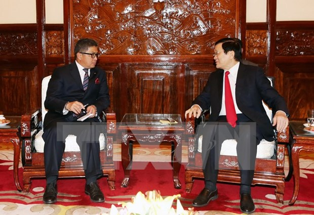 State President hosts outgoing, incoming ambassadors hinh anh 1