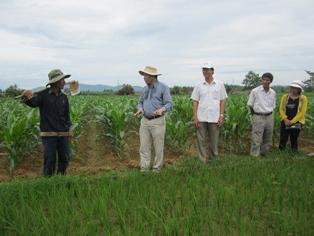 Agricultural centre to offer more support hinh anh 1