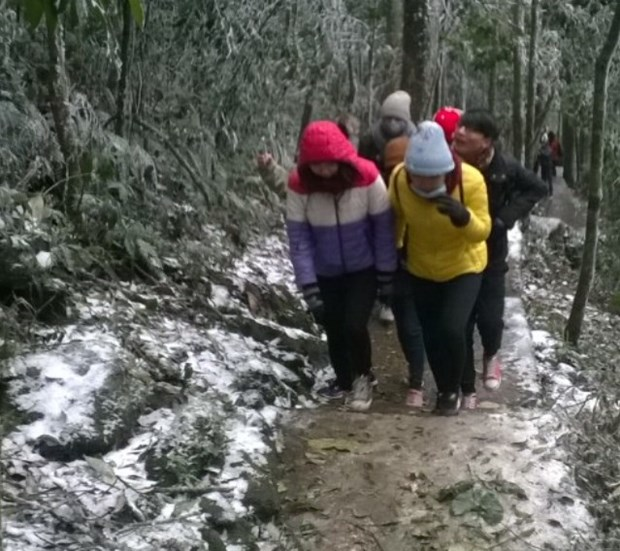 More northern localities covered by snow hinh anh 1