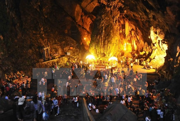 Free wifi available for tourists during Huong Pagoda Festival hinh anh 1