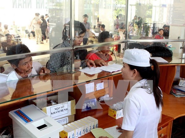 Benefits of health insurance card holders are guaranteed hinh anh 1