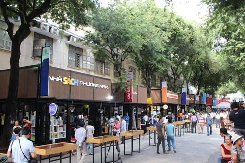 Da Nang city to open book street hinh anh 1